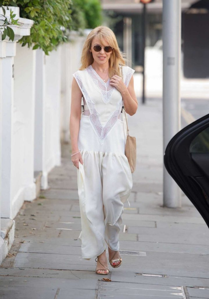 Kylie Minogue Was Seen Out in London 05/26/2018-1