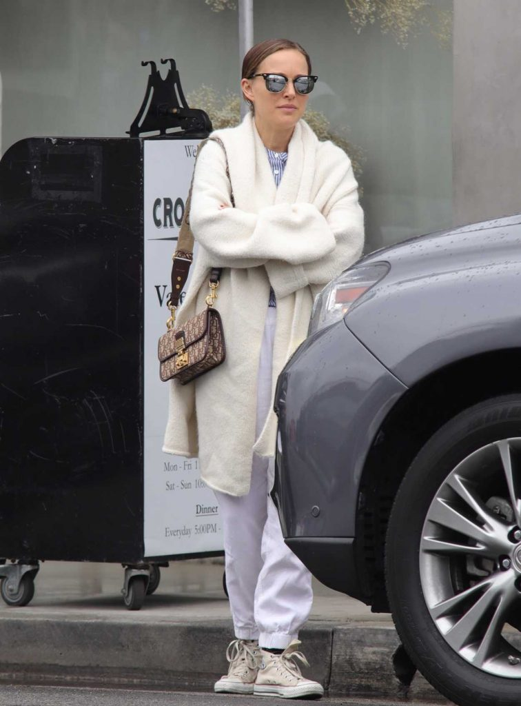 Natalie Portman Heads Out to a Lunch Meeting in Los Angeles 05/01/2018-4
