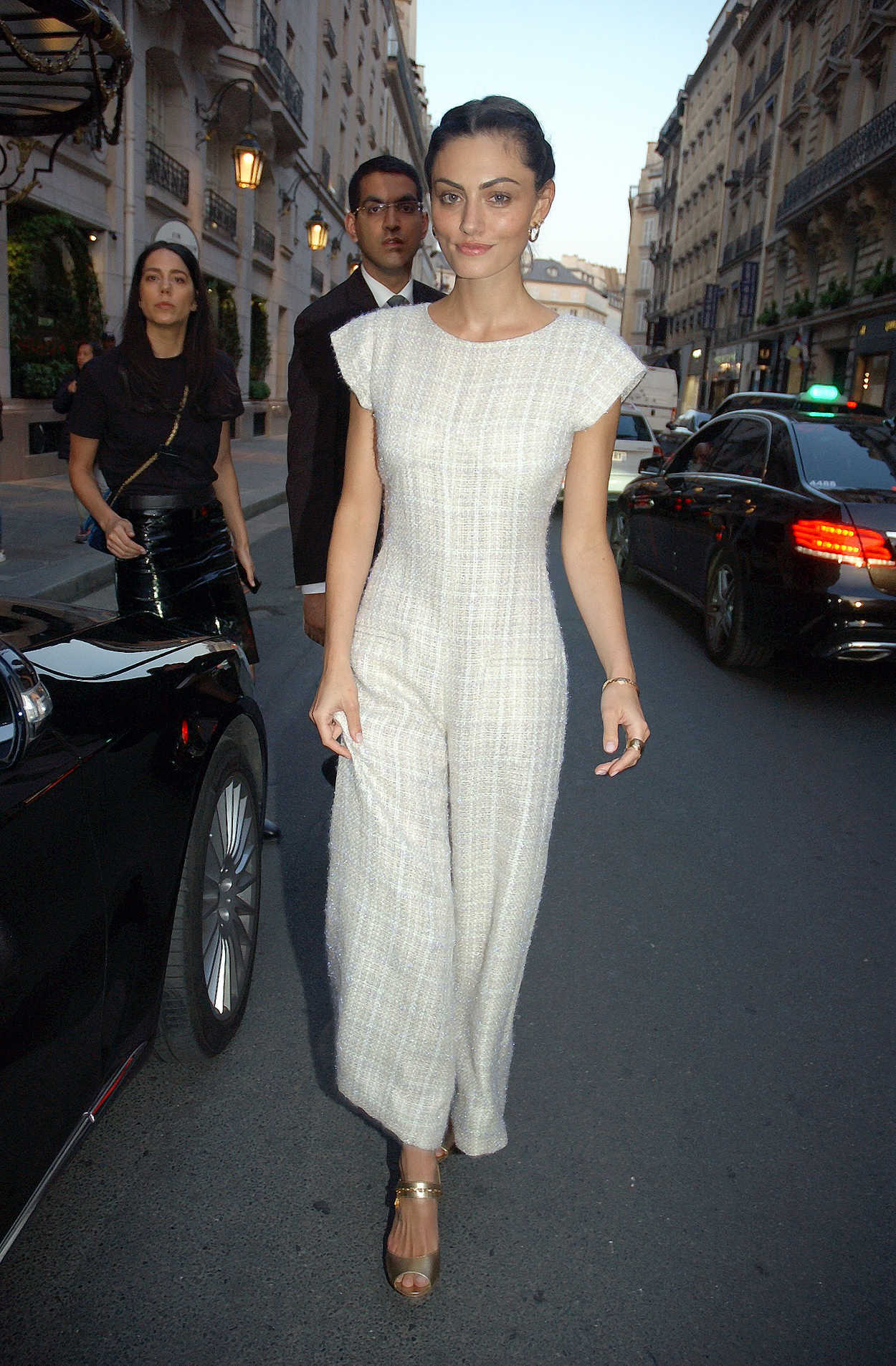 Phoebe Tonkin Attends The Chanel Cruise 2018 2019 Collection At Le Grand Palais In Paris 05 03