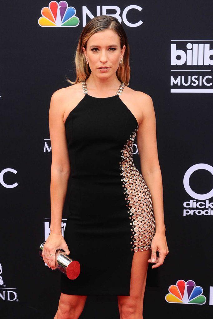 Renee Bargh at Billboard Music Awards in Las Vegas 05/20/2018-1
