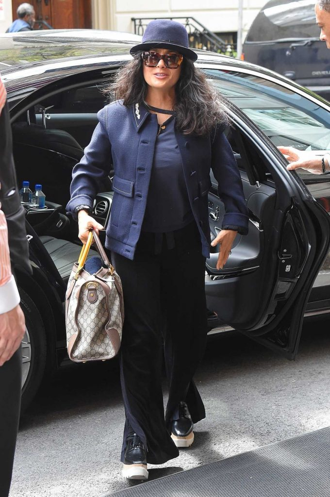 Salma Hayek Arrives at Her Hotel in New York City 05/04/2018-2