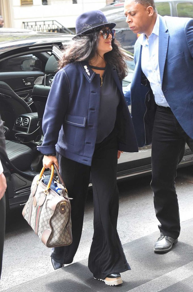 Salma Hayek Arrives at Her Hotel in New York City 05/04/2018-3