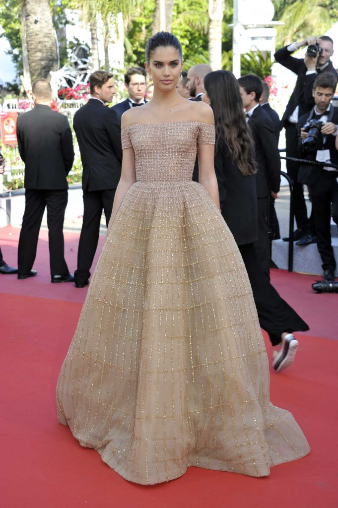 Sara Sampaio at the Girls of the Sun Premiere During the 71st Cannes Film Festival in Cannes 05/12/2018-1