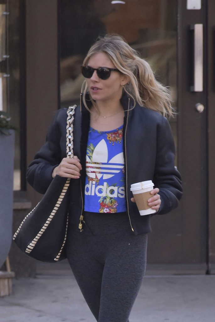 Sienna Miller Heads to the Gym in New York City 05/01/2018-5