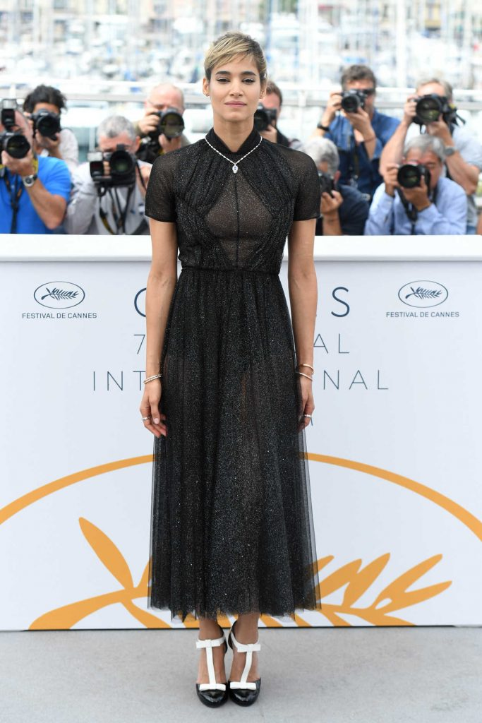 Sofia Boutella at the Farenheit 451 Photocall During the 71st Cannes Film Festival in Cannes 05/12/2018-1
