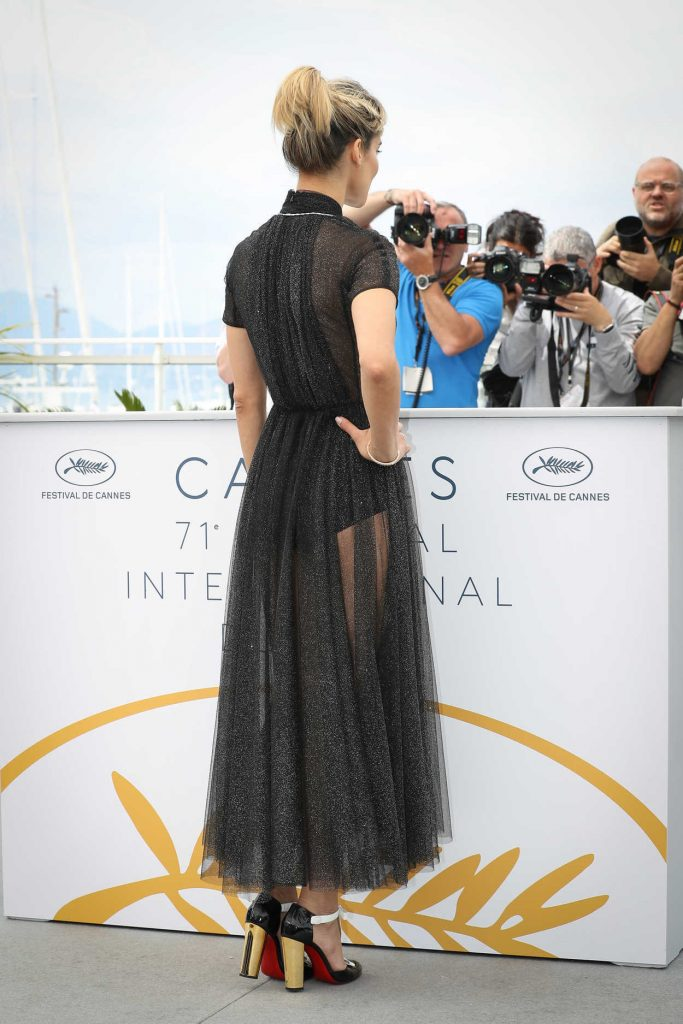 Sofia Boutella at the Farenheit 451 Photocall During the 71st Cannes Film Festival in Cannes 05/12/2018-3