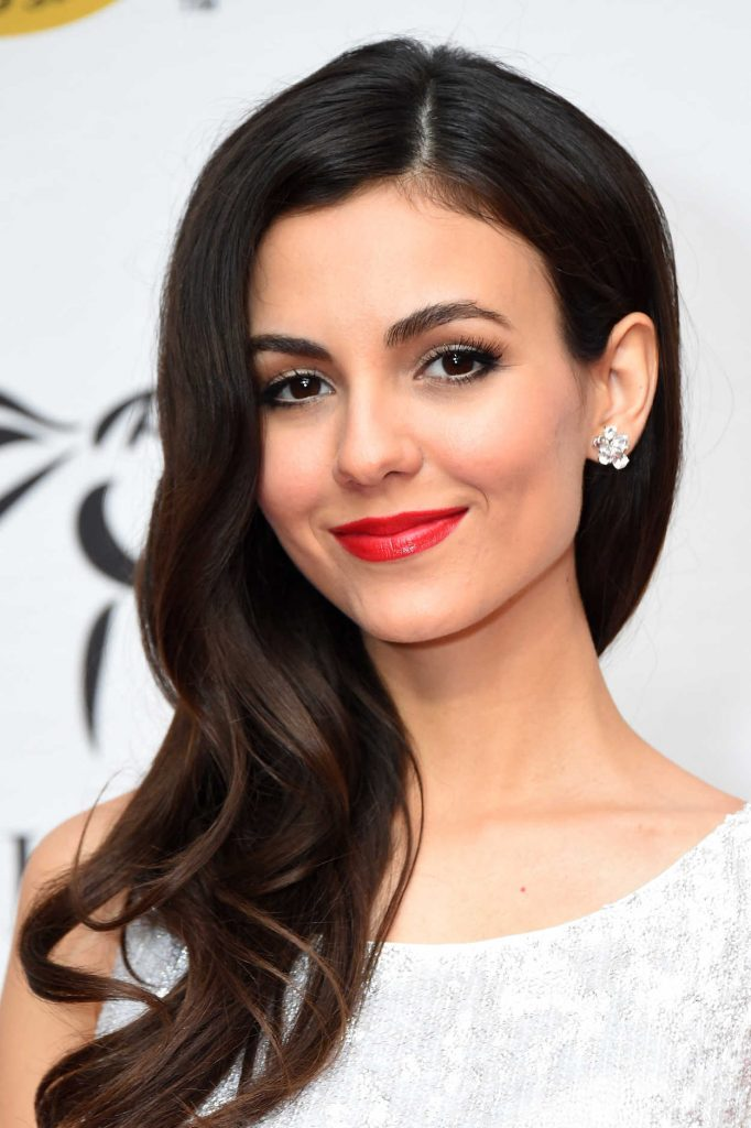 Victoria Justice at Unbridled Eve Gala During the 144th Kentucky Derby in Louisville 05/04/2018-5