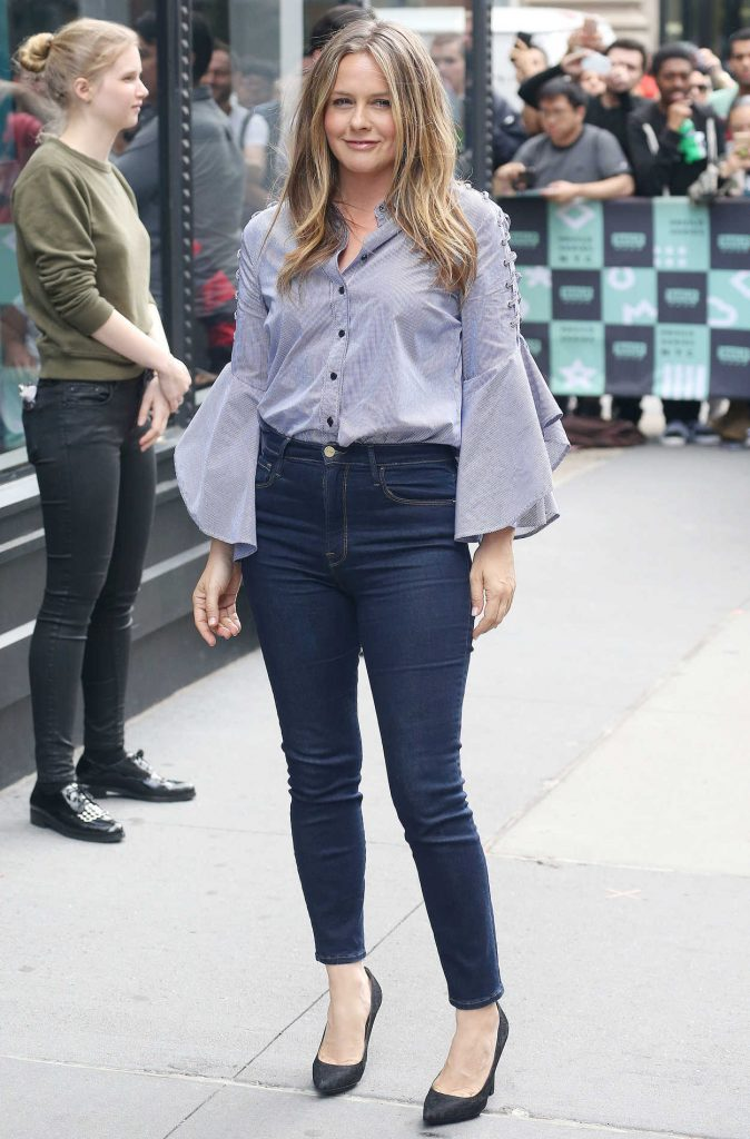 Alicia Silverstone Arrives at the AOL Build Series in New York City 06/05/2018-1