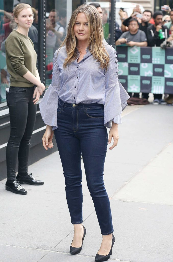Alicia Silverstone Arrives at the AOL Build Series in New York City 06/05/2018-2