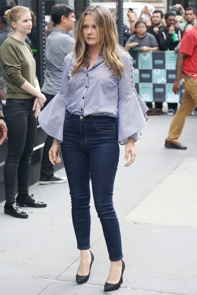 Alicia Silverstone Arrives at the AOL Build Series in New York City 06/05/2018-3