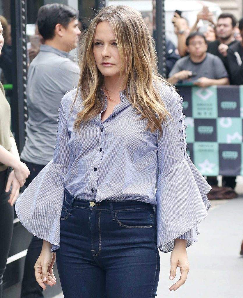 Alicia Silverstone Arrives at the AOL Build Series in New York City 06/05/2018-4