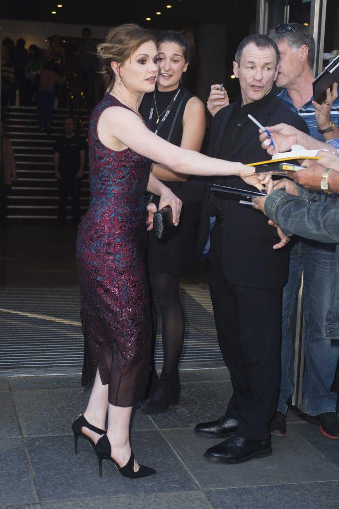 Anna Paquin Arrives at The Parting Glass Premiere During the 72nd Edinburgh International Film Festival in Edinburgh 06/24/2018-3
