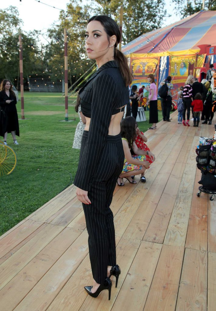Aubrey Plaza at the Moschino Resort Collection Show at Los Angeles Equestrian Center in Burbank 06/08/2018-2