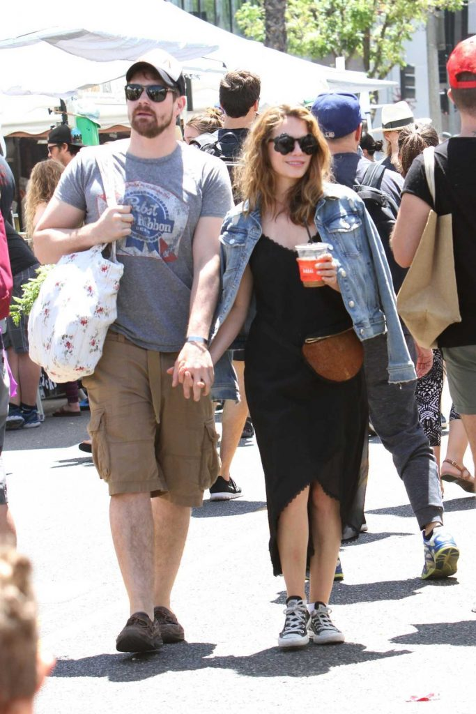 Bethany Joy Lenz Was Seen at the Farmers Market in Studio City 06/10/2018-1