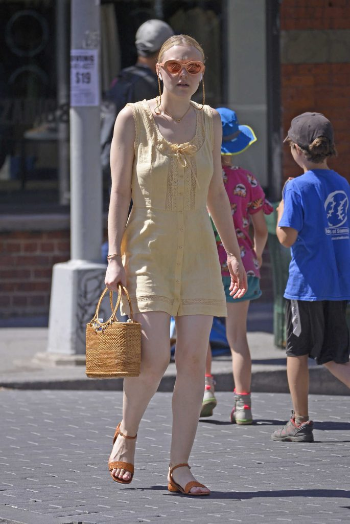 Dakota Fanning Was Seen Out in New York City 06/26/2018-2