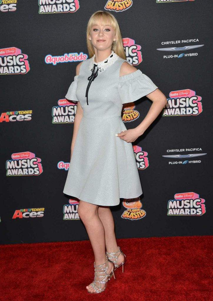 DeVore Ledridge at 2018 Radio Disney Music Awards in Los Angeles 06/22/2018-3