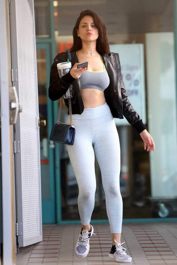 Eiza Gonzalez Leaves a Gym in Los Angeles 06/15/2018-1