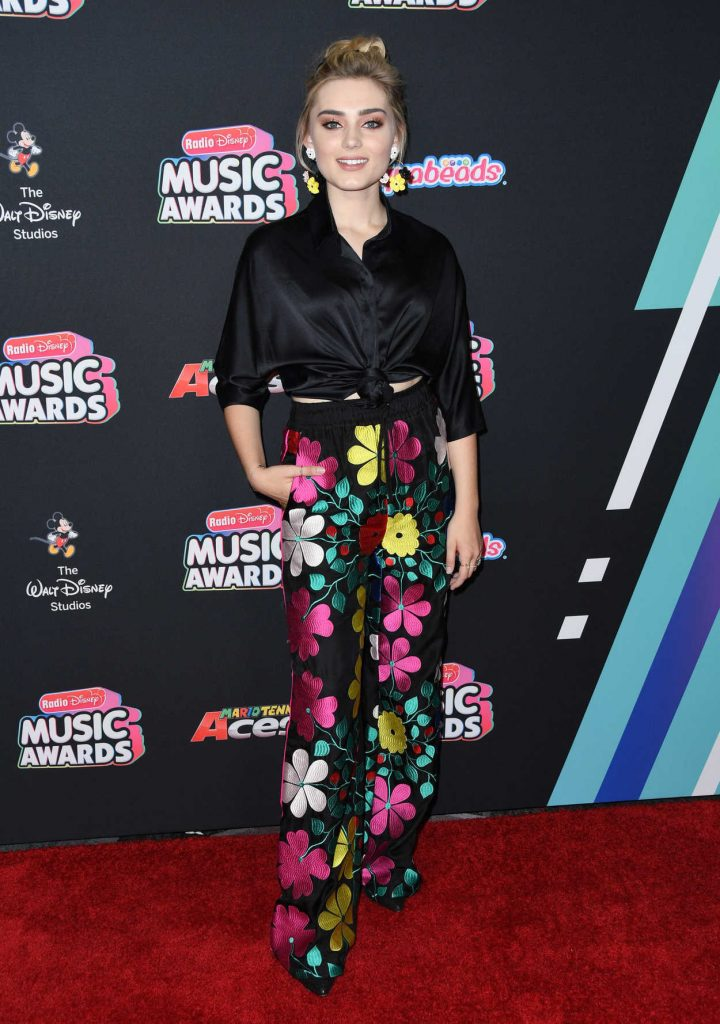 Meg Donnelly at 2018 Radio Disney Music Awards in Los Angeles 06/22/2018-2