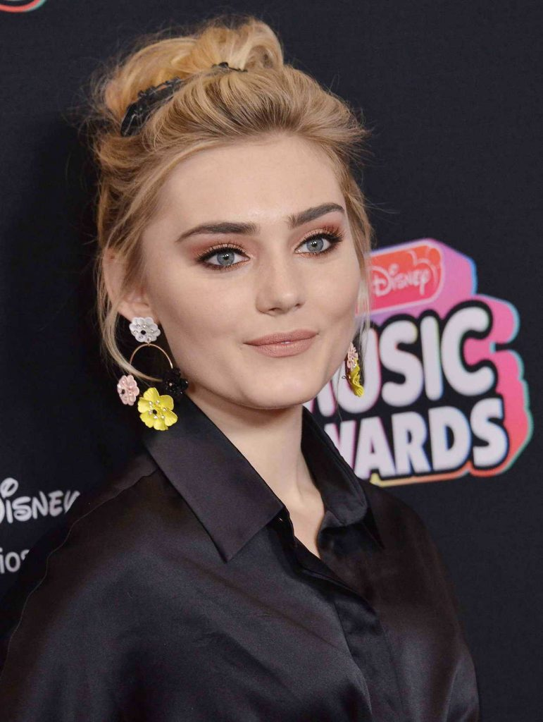 Meg Donnelly at 2018 Radio Disney Music Awards in Los Angeles 06/22/2018-5