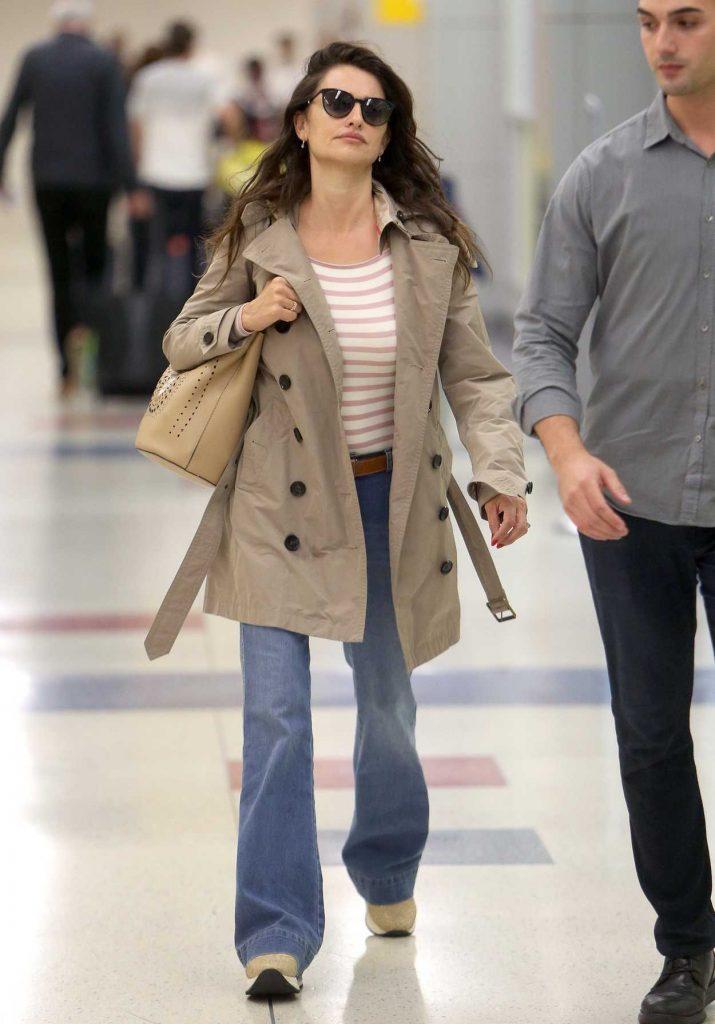 Penelope Cruz Was Seen at JFK Airport in New York 06/02/2018-2