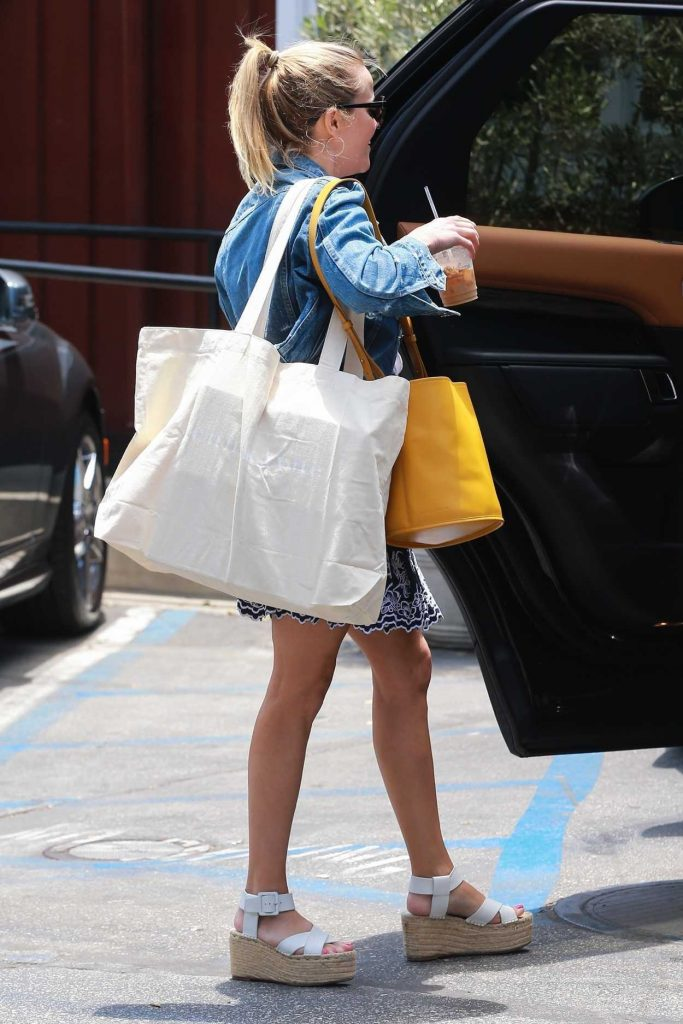 Reese Witherspoon Was Seen Out in Brentwood 06/29/2018-5