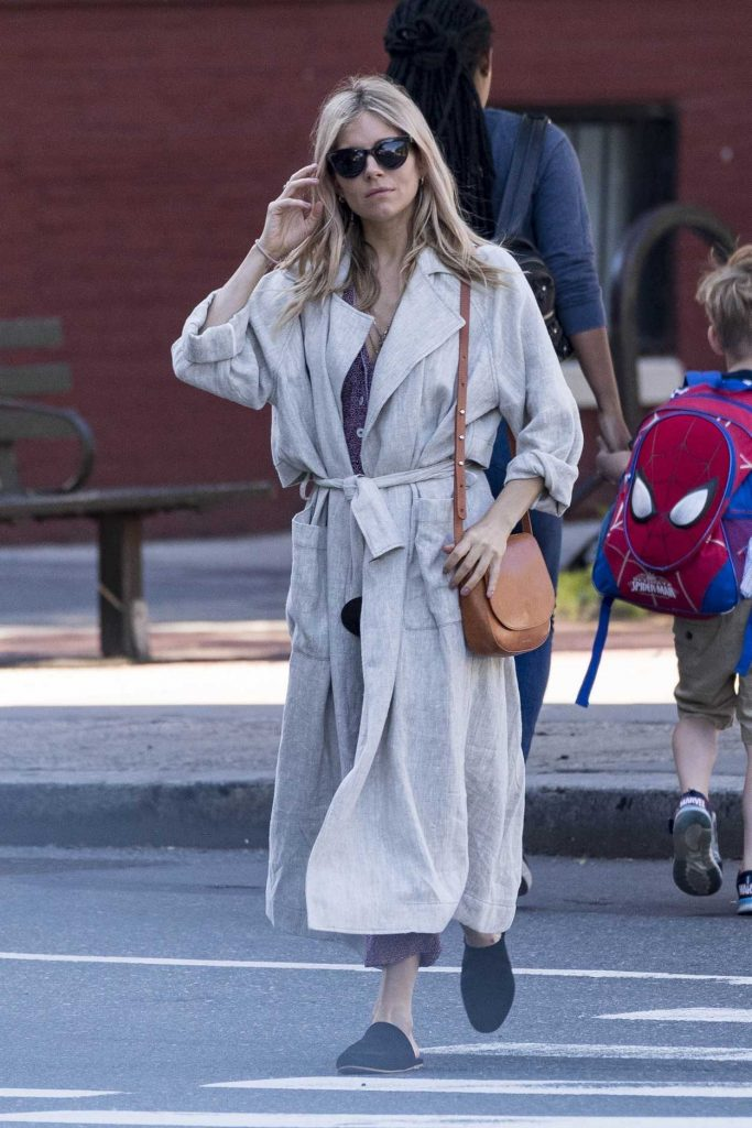 Sienna Miller Was Seen Out in New York 06/05/2018-2