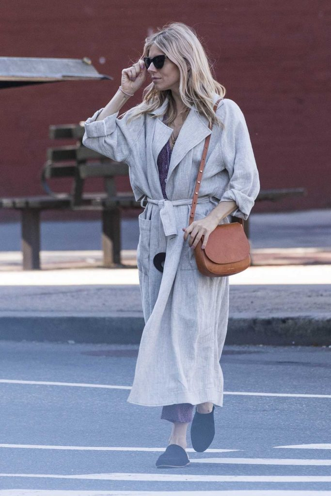 Sienna Miller Was Seen Out in New York 06/05/2018-5