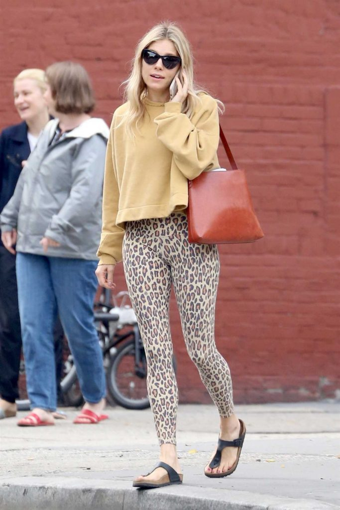 Sienna Miller Was Seen Out in New York 06/11/2018-2