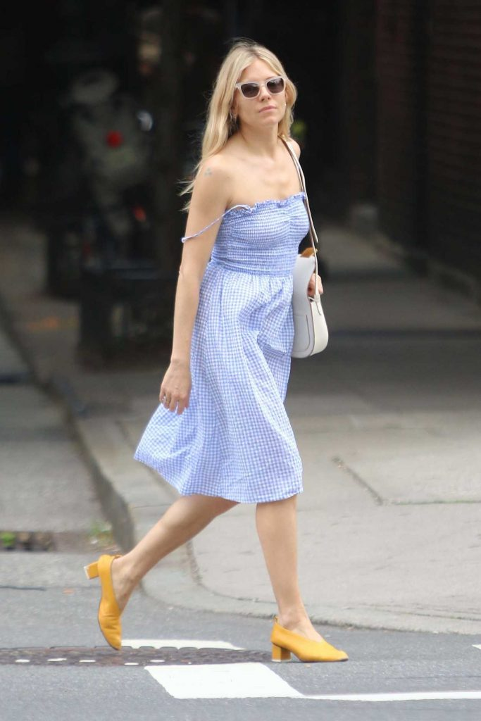 Sienna Miller Was Seen Out in New York City 06/08/2018-3