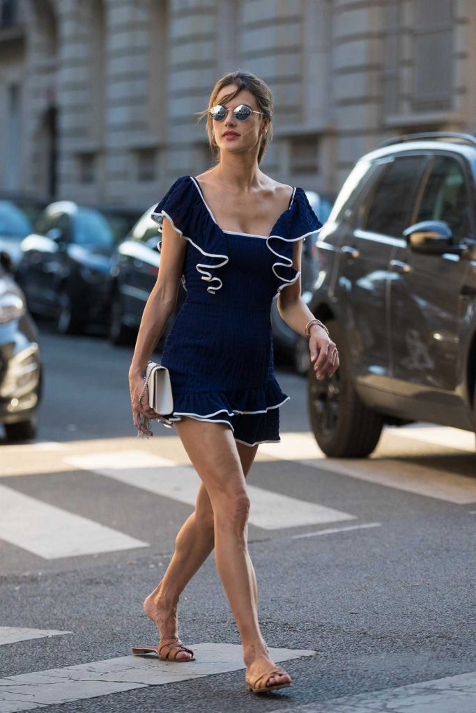 Alessandra Ambrosio Was Spotted Out in Paris 07/04/2018-5