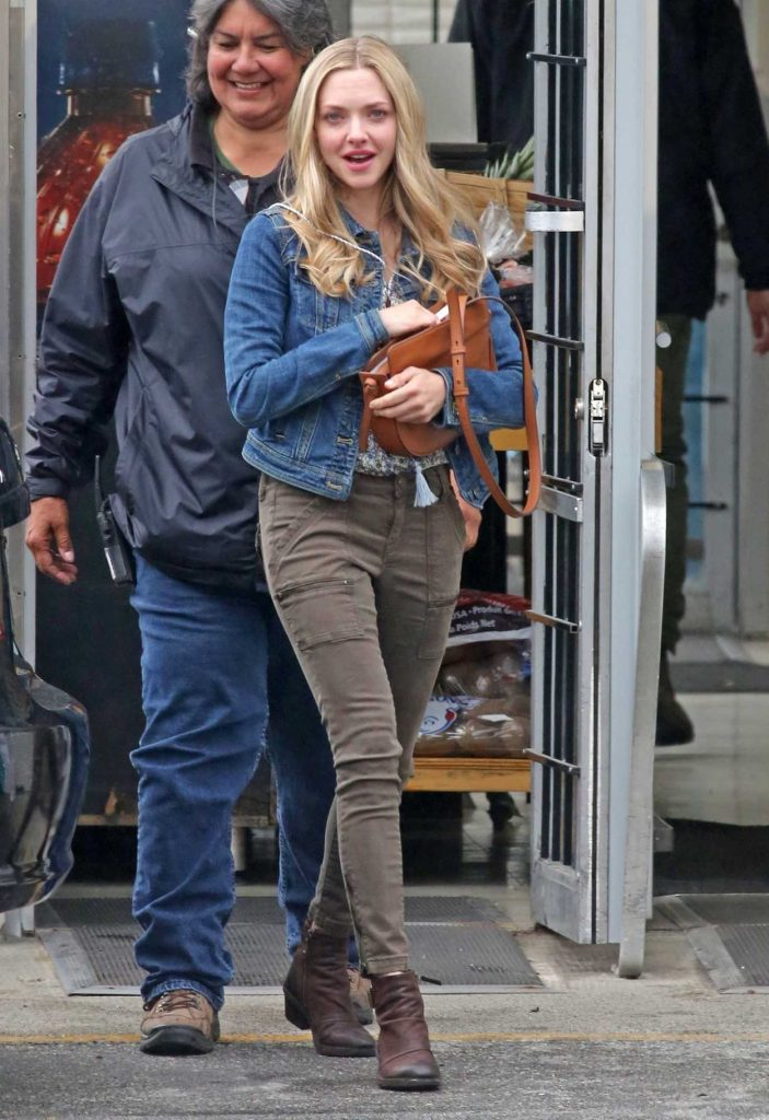 Amanda Seyfried on the Set of The Art of Racing in Port Coquitlam 06/30/2018-1