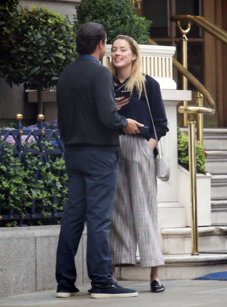 Amber Heard Arrives with Vito Schnabel at the Ritz Hotel in London 07/10/2018-5