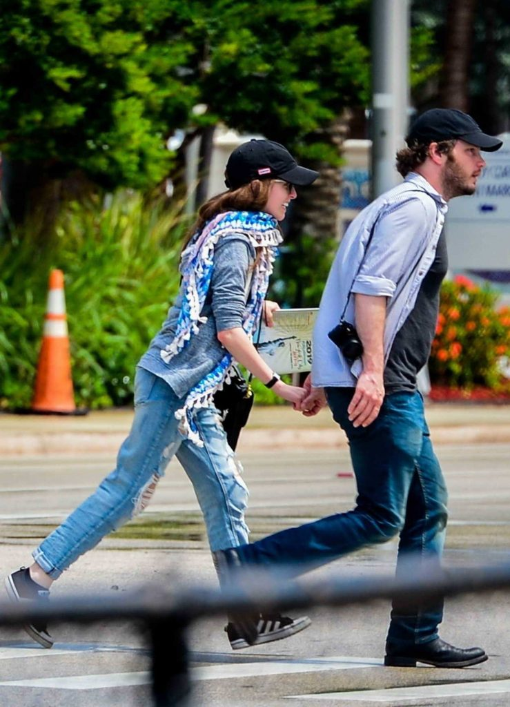 Anna Kendrick Was Seen Out with Ben Richardson in Miami 07/11/2018-5