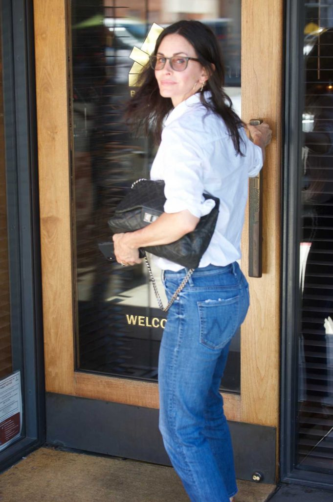 Courteney Cox Was Spotted Out in Los Angeles 07/10/2018-4