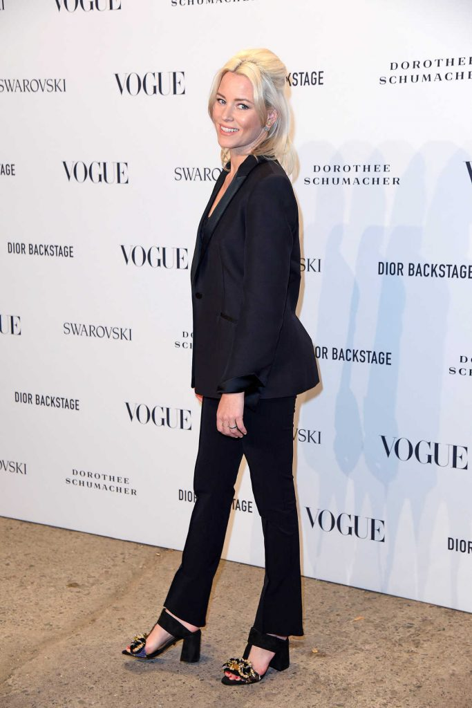 Elizabeth Banks Attends the VOGUE Fashion Party in Berlin 07/06/2018-4