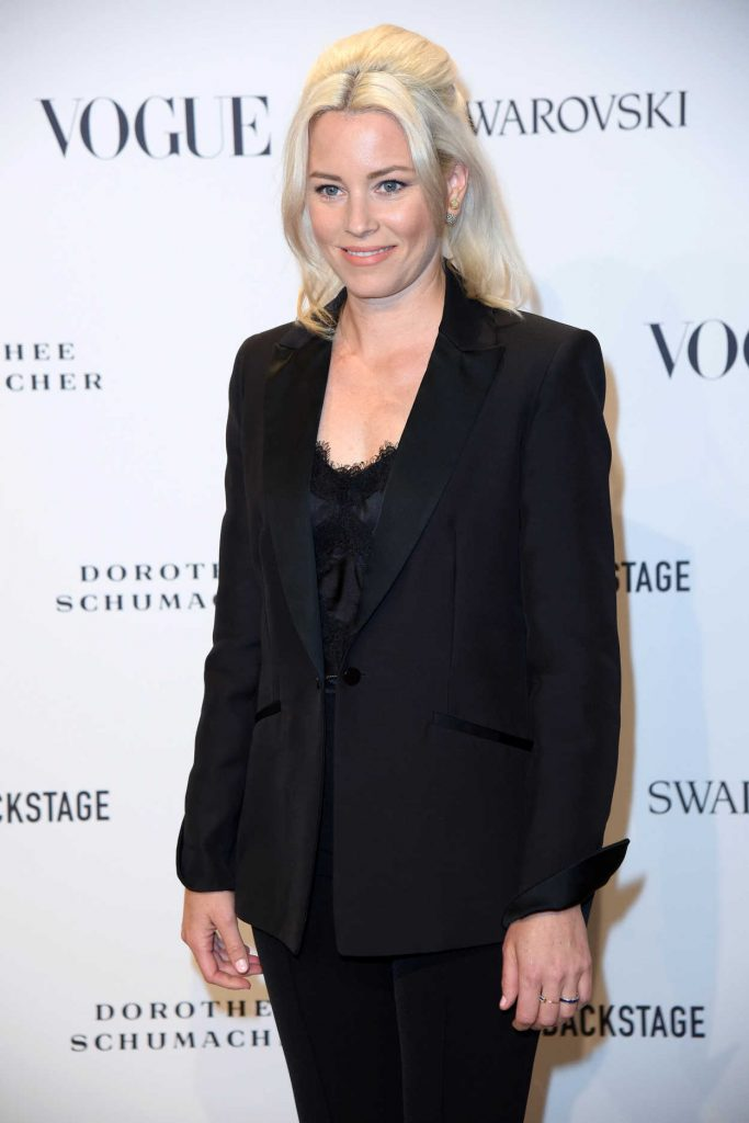 Elizabeth Banks Attends the VOGUE Fashion Party in Berlin 07/06/2018-5