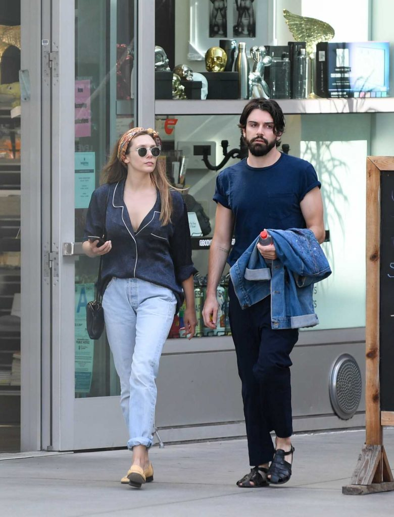 Elizabeth Olsen Was Spotted Out with Robbie Arnette in Los Angeles 07/08/2018-2