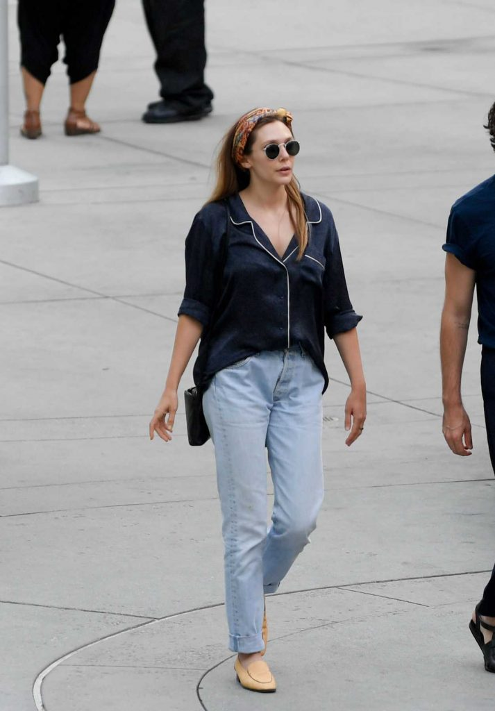Elizabeth Olsen Was Spotted Out with Robbie Arnette in Los Angeles 07/08/2018-4