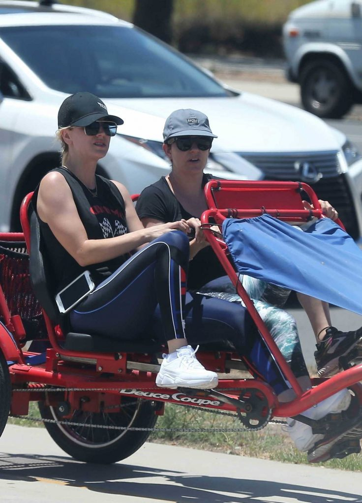 Kaley Cuoco Was Spotted on a Tandem Bike in Los Angeles 07/15/2018-1