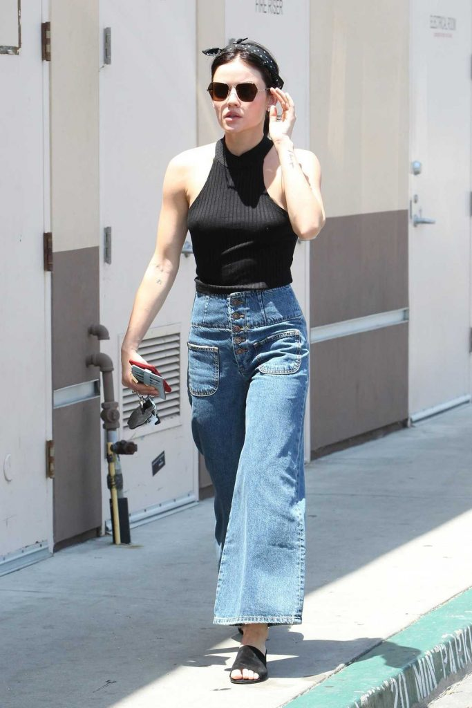 Lucy Hale Grabs Coffee Out in Los Angeles 07/06/2018-3