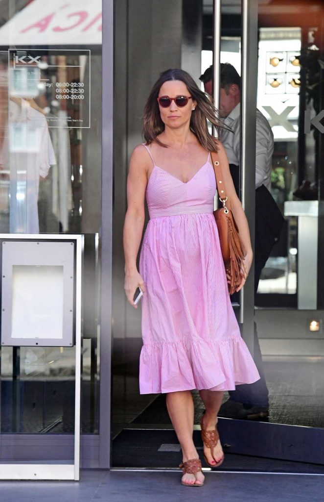 Pippa Middleton Goes Shopping Out in London 06/30/2018-1
