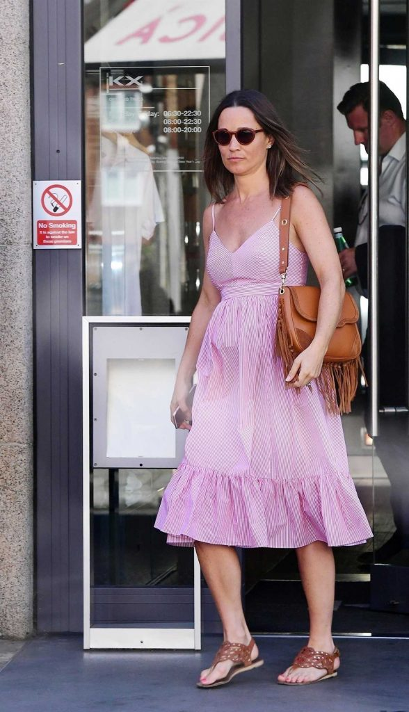 Pippa Middleton Goes Shopping Out in London 06/30/2018-2