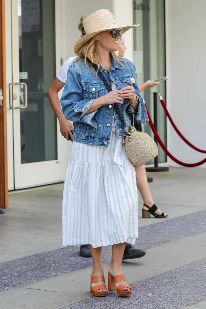 Reese Witherspoon in a Blue Denim Jacket