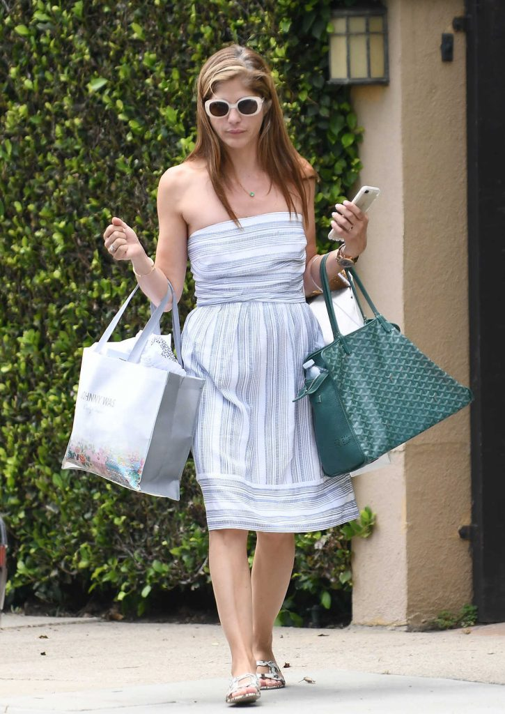Selma Blair Out Shopping in Los Angeles 07/10/2018-1