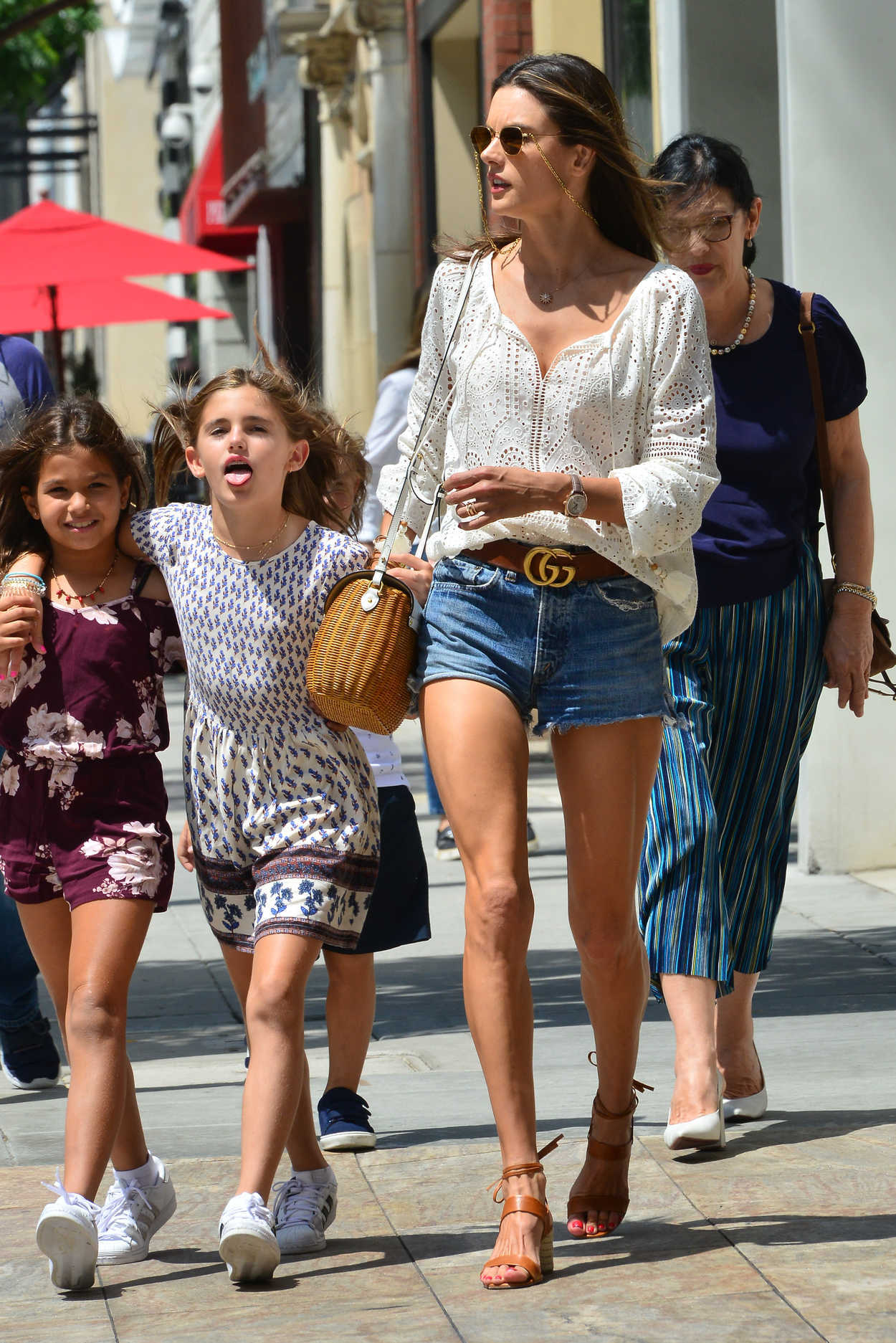 Alessandra Ambrosio Takes Her Daughter Out To Lunch On Her