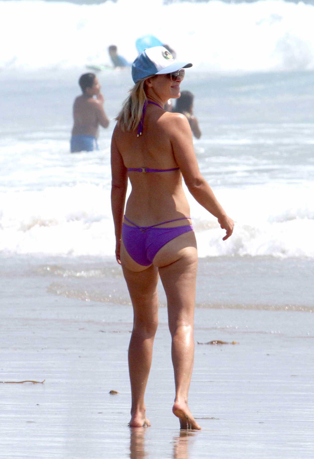 Ali Larter In Bikini On The Beach In Malibu 08 14 2018