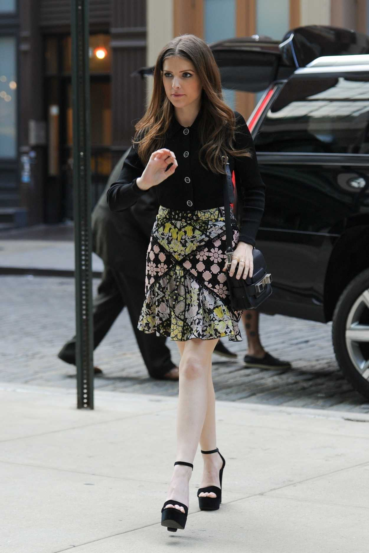 Anna Kendrick in a Short Floral Skirt Arrives at New York