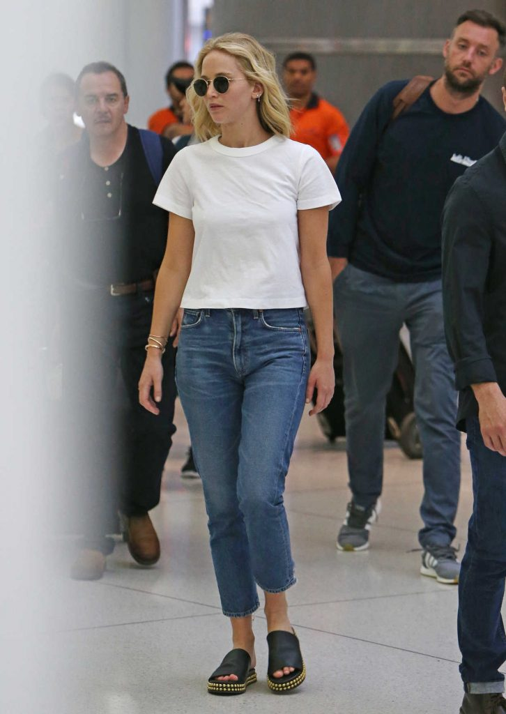 Jennifer Lawrence in White T-Shirt