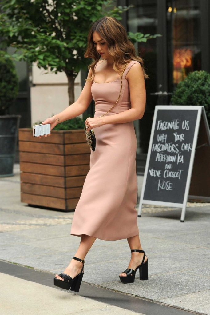 Jessica Alba in a Beige Dress