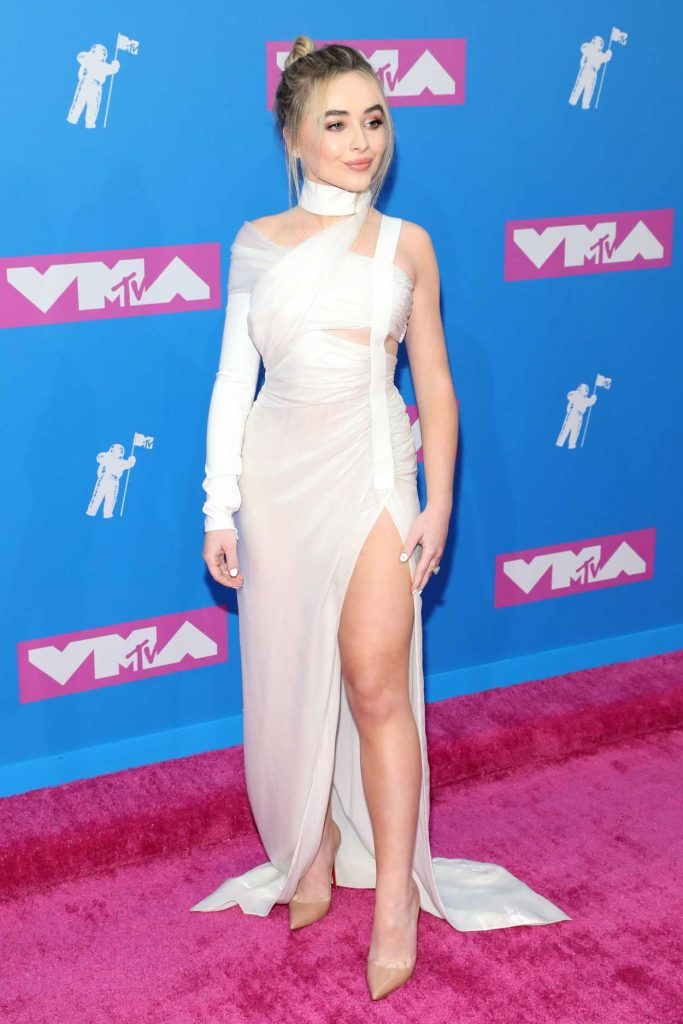 Sabrina Carpenter Attends 2018 Mtv Video Music Awards In